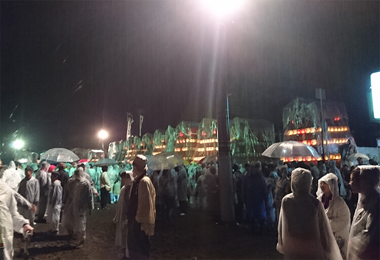 雨の西条祭り